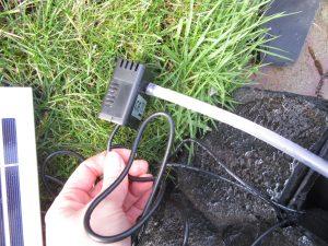 98511E36 8956 4AFC 8D4E 876E75017713 300x225 - Blumfeldt Solarbrunnen für den Garten im Test