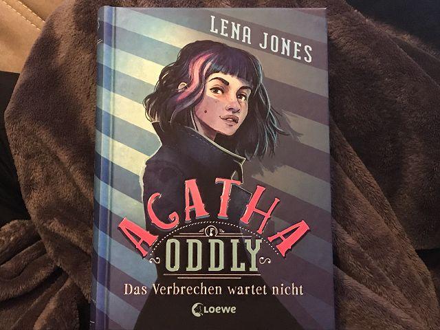Rezension: Agatha Oddly – Das Verbrechen wartet nicht (Band1) von Lena Jones