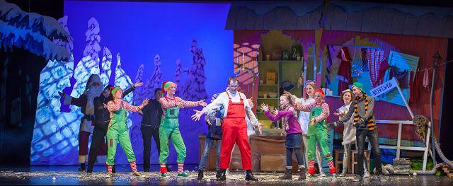 """Als der Weihnachtsmann vom Himmel fiel Melle 1 - """"Als der Weihnachtsmann vom Himmel fiel"""" - unsere Meinung zum Stück"""