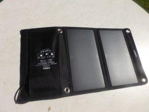 Aukey Solarladegerät und die 16000mAh Powerbank (11)