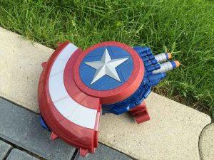Avengers Captain America Blaster Reveal Schild (1)