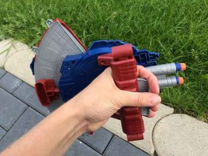 Avengers Captain America Blaster Reveal Schild (4)