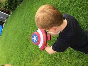 Avengers Captain America Blaster Reveal Schild (7)