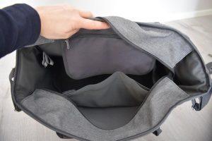 Babymoov Wickeltasche Blick ins Innere 300x200 - Produkttest: babymoov Essential Bag - Wickeltasche