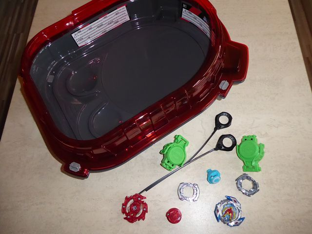 Produkttest: Beyblade Burst SlingShock Rail Rush Battle Set