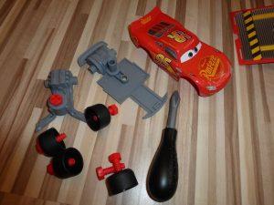 Cars Mack Truck von Smoby Toys 11 300x225 - Prdoukttest: Cars Mack Truck von Smoby Toys