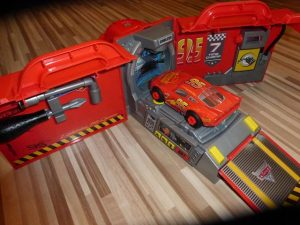 Cars Mack Truck von Smoby Toys 16 300x225 - Prdoukttest: Cars Mack Truck von Smoby Toys