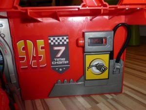 Cars Mack Truck von Smoby Toys 20 300x225 - Prdoukttest: Cars Mack Truck von Smoby Toys