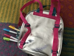 Color Me Mine Swap Back Pack im Test 6 300x225 - Produkttest: Color Me Mine Swap Back Pack