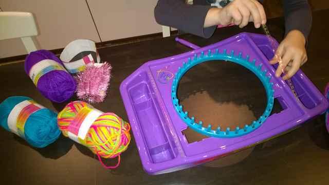 Cra z knitz Knitting Station Test 1 - Produkttest: Cra-z-knitz Knitting Station