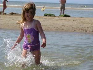 De Noordduinen Strand 04 300x225 - Familien-Urlaub