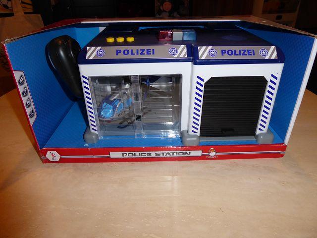 Produkttest: Dickie Toys Polizeistation inkl. Helikopter und Einsatzfahrzeug
