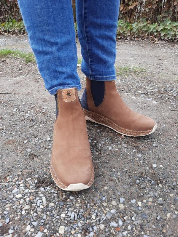 Mollig warme Füße mit den lässigen Chelsea Boots von Doghammer
