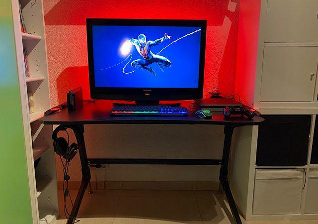 Der Elite Gaming Tisch Rocksolid – entpanntes Zocken am PC