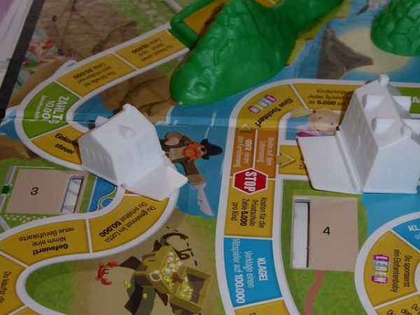 Familienspiel Spiel des Lebens von Hasbro Gaming 1 600x450 - Rezension: Familienspiel Spiel des Lebens von Hasbro Gaming