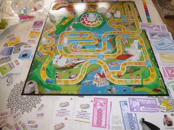 Familienspiel Spiel des Lebens von Hasbro Gaming 10 600x450 - Rezension: Familienspiel Spiel des Lebens von Hasbro Gaming