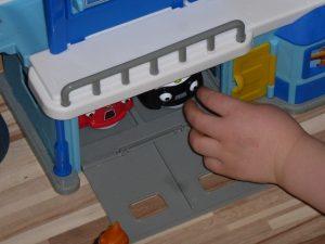 Helden der Stadt 15 300x225 - Produkttest: Helden der Stadt Spielzeug von Dickie Toys