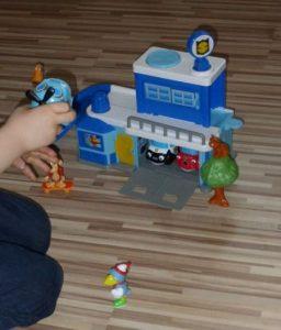 Helden der Stadt 9 e1509390788395 256x300 - Produkttest: Helden der Stadt Spielzeug von Dickie Toys