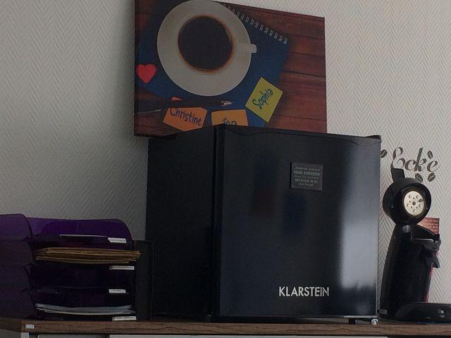 Mini Kühlschrank Für Kaffeemaschine : Produkttest klarstein ks a kühlschrank familös dietestfamilie
