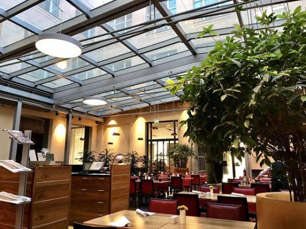 Mövenpick Hotel Berlin Restaurant 600x450 - Familienurlaub im Mövenpick Hotel Berlin