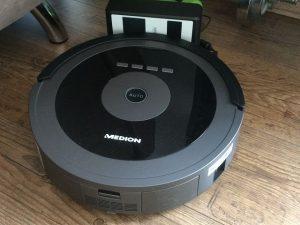 MEDION MD 17225 Saugroboter 6 300x225 - Produkttest: MEDION MD 17225 Saugroboter