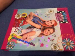 Maggie und Bianca Produkte im Test 4 300x225 - Produkttest: Maggie und Bianca Lookbook, Tagebuch und Stift