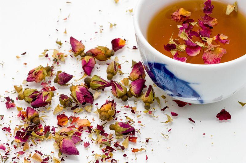 Natürliche Schönheitspflege aus der Teeküche