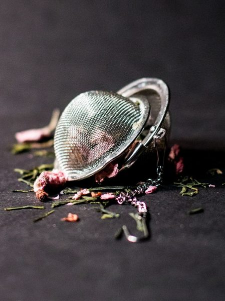 Natürliche Schönheitspflege marisa harris 596676 unsplash 449x600 - Natürliche Schönheitspflege aus der Teeküche