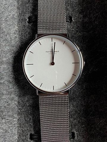 Luxuriöse Accessoires für Uhrenliebhaber: Uhrenbeweger & Montblanc-Kugelschreiber