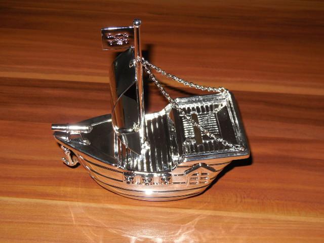 Piratenschiff-Spardose von taufgeschenke-direkt (1)