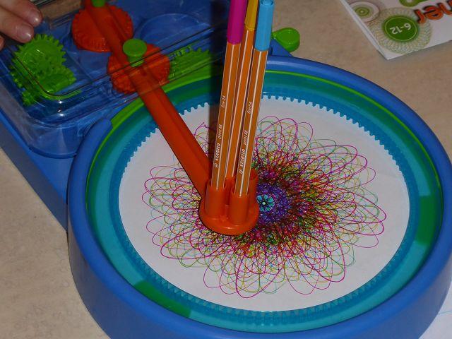 Produkttest: Ravensburger Spiral Designer Maschine