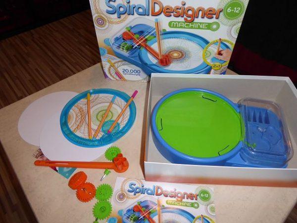 Ravensburger Spiral Designer Maschine 2 600x450 - Produkttest: Ravensburger Spiral Designer Maschine