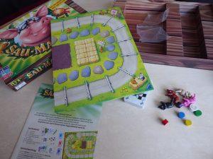 Sau Mau Mau 7 300x225 - Rezension: Sau Mau Mau Spiel von Ravensburger