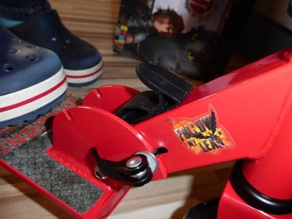 Smoby Dragons Roller mit Bremse 6 600x450 - Produkttest: Smoby Dragons Roller mit Bremse