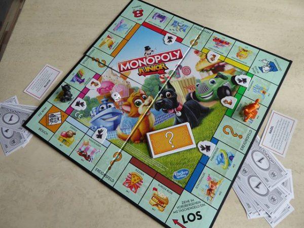 Spiel Monopoly Junior von Hasbro 4 600x450 - Rezension: Spiel Monopoly Junior von Hasbro