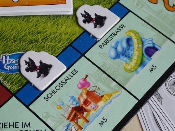 Spiel Monopoly Junior von Hasbro 7 600x450 - Rezension: Spiel Monopoly Junior von Hasbro