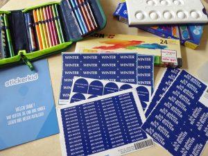 StickerKid Paket M 4 300x225 - Gewinnspiel: StickerKid Paket M für Kindergarten, Schule und Co