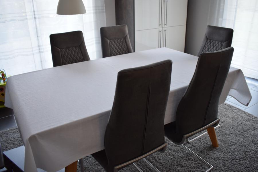 Schöne Tischdekoration für zuhause