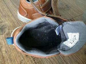 Venice Kinder Herbstschuhe von Deichmann im Test 4 300x225 - Venice Schuhe für Kinder von Deichmann im Test