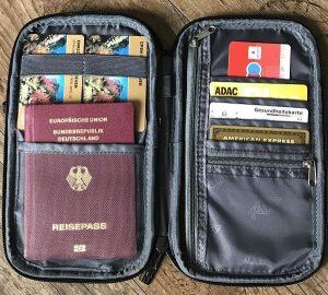 WEDO® Travel Organizer und Tischstaubsauger im Test 4 300x270 - WEDO® Travel Organizer und Tischstaubsauger im Test