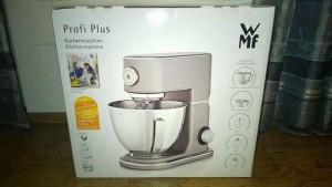 WMF Profi Plus Küchenmaschine im Test (1)