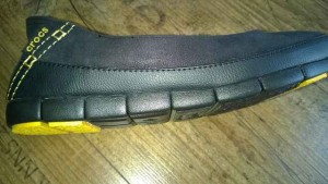 Women's Stretch Sole Microsuede Flat 4 300x169 - Produkttest: Women's Stretch Sole Microsuede Flat