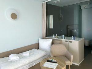 a ja Travemünde - Das Resort - Doppelzimmer mit Schlafcouch