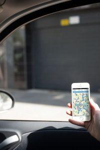 ampido tester gesucht 2 200x300 - Testaktion: teste ampido und finde in Großstädten IMMER einen Parkplatz
