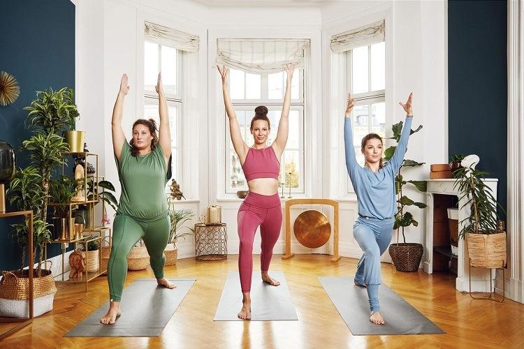Adventskalender Tür 17: chakrana Yoga-Mode