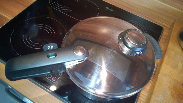 Schneller kochen mit einem Schnellkochtopf