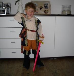 funidelia kostüm böser pirat (7)