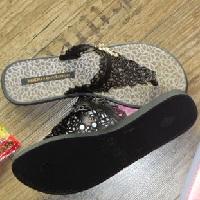 ipanema sandalen 1 - Butterfly Thongs aus der Gisele Bündchen Kollektion von Ipanema im Test