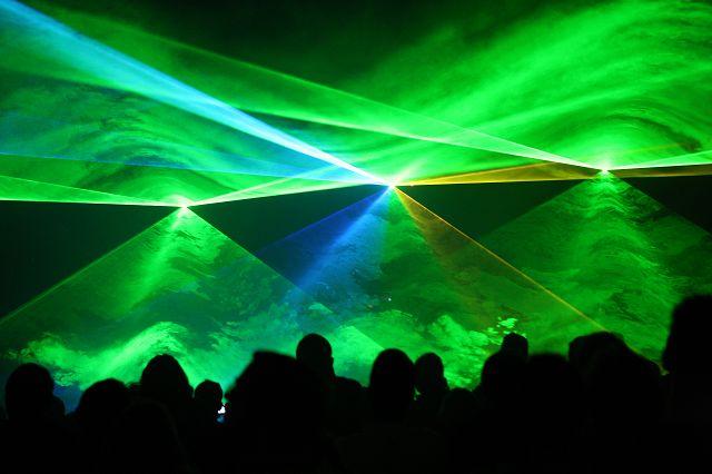 k Lasershow im phaeno Foto Matthias Leitzke - Gewinnspiel: phaeno Wolfsburg Karten
