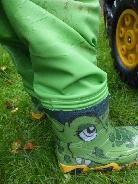 k P1060556 - Sitbag Waders - Wathosen für Kinder und die Füße bleiben trocken